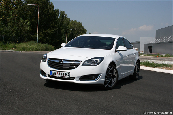 test opel insignia 2 0 cdti 163 ks cosmo opc line. Black Bedroom Furniture Sets. Home Design Ideas