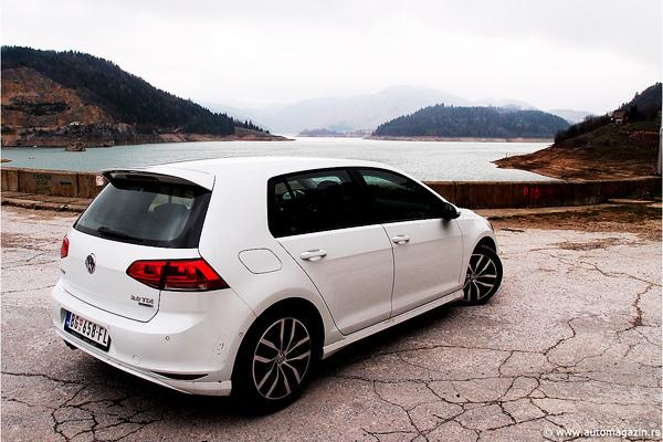 Sedma generacija Volkswagen Golfa u prodajnim salonima nalazi se od ...