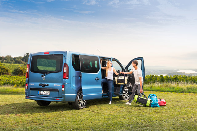 Connected Car Awards - priznanja za Opel Insigniju i Opel Vivaro Life