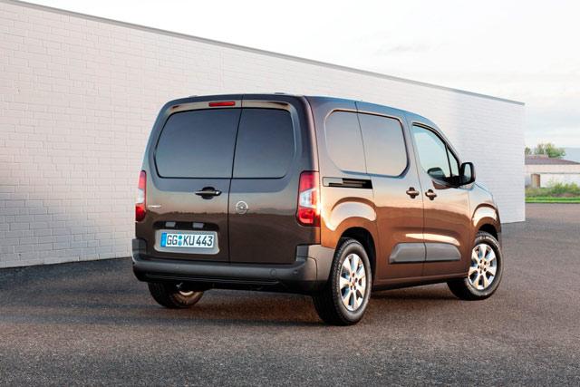 Novi Opel Combo: Prostrani transporter sa kompaktnim dimenzijama tovarnog prostora i vrhunskim tehnologijama
