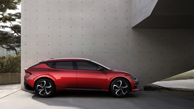 Kia EV6 sa inspirativnim dizajnom, uzbudljivim performansama i inovativnom prostranošću redefiniše granice elektromobilnosti