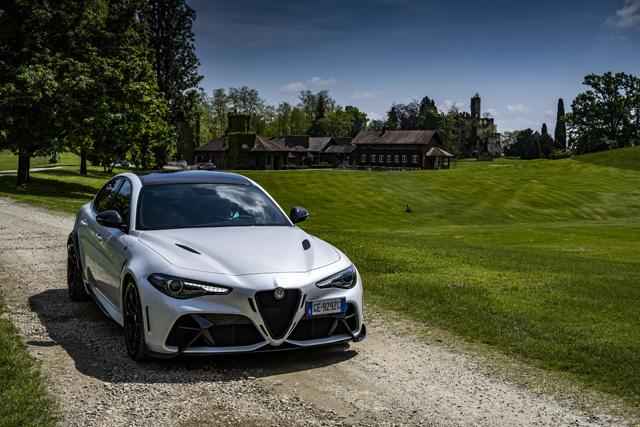 Alfa Romeo Giulia GTA: legenda je izašla na ulice